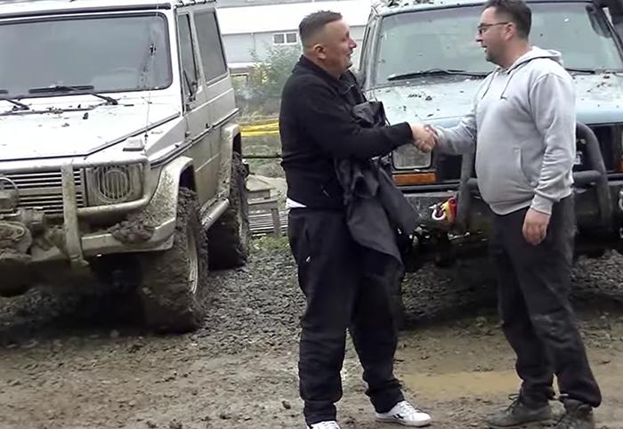 Jeep vs Mercedes test
